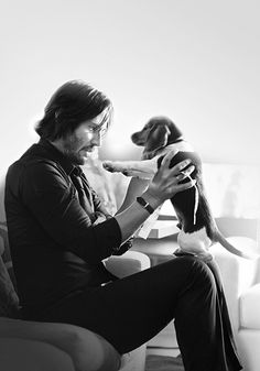 "Keanu Reeves ""John Wick"" and Daisy << Poor Daisy :'( Cutest puppy EVER"