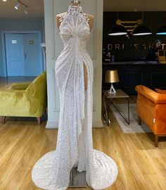 Find the perfect gown with Pageant Planet! Browse all of our beautiful prom and pageant gowns in our dress gallery. There's something for everyone, we even have plus size gowns! Prom Girl Dresses, Prom Outfits, Gala Dresses, Event Dresses, Bridal Dresses, Wedding Gowns, Sparkle Dresses, Lehenga Wedding, Party Wedding