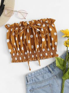 To find out about the Frill Trim Drawstring Spot Tube Top at SHEIN, part of our latest Women Tops ready to shop online today! Cute Summer Outfits, Cute Casual Outfits, Pretty Outfits, Teen Fashion Outfits, Girl Outfits, Mode Pastel, Tube Top Outfits, Polka Dot Tie, Tee T Shirt