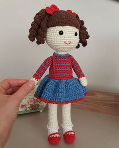 Are you curious about free crochet cabbage patch doll clothes patternsThis post was discovered by Oy Crochet Doll Clothes, Knitted Dolls, Crochet Dolls, Crochet Toys Patterns, Stuffed Toys Patterns, Pikachu Crochet, Crochet Eyes, Homemade Toys, Amigurumi Doll