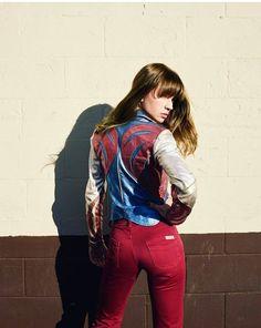 Britt Robertson as Sophia on her new Netflix show #Girl Bo$$