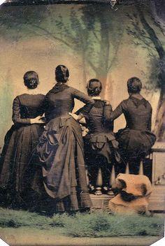 Des gens de dos à lancienne portrait dos photo ancienne vintage 22