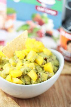 Sweet Smokin' Hot Mango-Chipotle Guacamole
