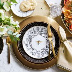 Equal parts elegant and eye-catching, our porcelain salad plates showcase a bee and wildflowers on a backdrop of honeycomb. Detailed with gold, the collection layers beautifully with white porcelain dinnerware and serveware to create a welcomi… Appetizer Plates, Dinner Plates, Porcelain Dinnerware, Cereal Bowls, Salad Plates, Williams Sonoma, Elle Decor, White Porcelain, Honeycomb