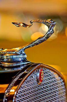 1930 Cadillac V-16 Roadster & Goddess Hood Ornament