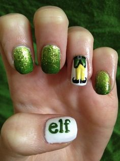 Christmas nail design6 28 Creative Christmas Nail Designs