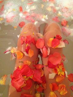 Spa, baño de tina, flores