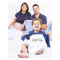 Que a chegada do Heitor seja tão linda quanto sorriso de criança! #studiosarasoares #photografy #gravidas #pregnant #bebe #heitor #familia #sarasoares by _sarasoares