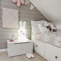 pink+and+grey+girl+room.jpg 640×640 píxeles