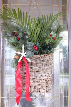 Add Florida palm fronds to a XMAS door arrangement??? I can do that!!!