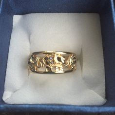 Elephant ring Size 7 Grey Austrian Crystal Ring in Goldtone (Size 7.75) TGW 0.001 cts. Jewelry Rings