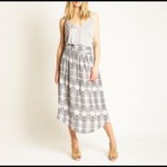 Greylin Orlando Midi Skirt This is a gorgeous grey and cream patterned silk skirt. Comes with a cute woven belt that also looks cute with jeans. Only worn once and freshly dry cleaned. Greylin Skirts Midi