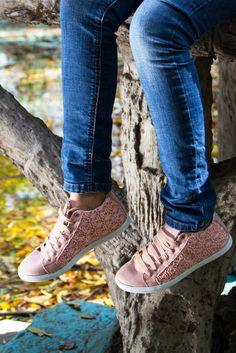 #Tenis #shoes #pink #girl #urban #lamodamasdeseada #Méxicofashion #style  #girly #PriceShoes   Pídelos aquí→ http://tiendaenlinea.priceshoes.com/