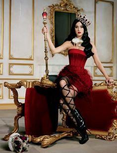 Katy Perry - Killer Queen Promo -  Reminds me of The Red Queen.