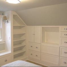 Best Bedroom Storage Ideas For Small Spaces Tiny Homes Built Ins Ideas Attic Bedrooms, Upstairs Bedroom, Attic Bathroom, Attic Bedroom Closets, Attic Bedroom Small, Bedroom Shelves, Small Bedrooms, Master Bedrooms, Attic Renovation