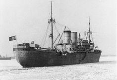 Hilfkreuzer ATLANTIS 1939-1941 Zwei der insgesamt sechs Schnell-Lade-Kanonen 15 cm.