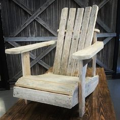 #adirondack stolen vår, selvfølgelig av #gjenbruksmaterialer #showroom #gjenbruk #barefordeg #påbestilling #drivvedland #drivved #1874