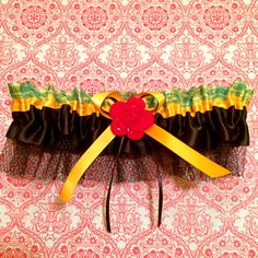 Limited Edition Bombshell Inspired Garter  Black by LilBlueHeart