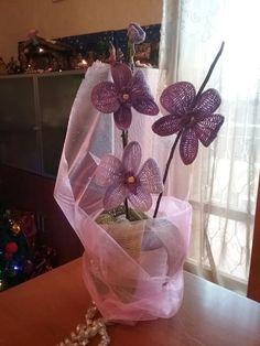 Orchidee la descrizione (con tante altre molto belle!) la trovate a questo link! http://creazionidisam.blogspot.it/2015/02/spiegazione-dellorchidea-alluncinetto.html