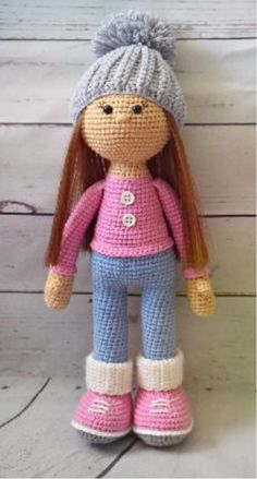 Crochet Dolls Free Patterns, Crochet Doll Pattern, Crochet Geek, Free Crochet, Crochet Hats, Single Crochet Stitch, Amigurumi Doll, Girl Dolls, Mickey Mouse