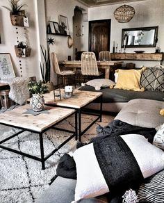 So here's my boho living room inspiration. Boho Living Room, Home And Living, Living Room Decor, Living Spaces, Cosy Living Room Warm, Cosy Room, Modern Living, Living Room Inspiration, Home Decor Inspiration
