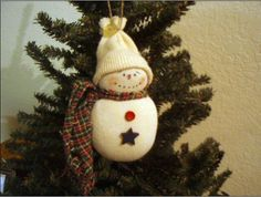 Baby Sock Snowman Ornaments - Homemade Christmas Ornaments