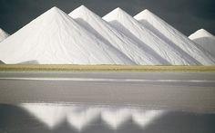 salt-mountains2.jpg 800×500 pixels