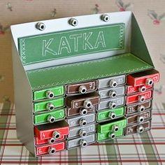 Vyrobte si adventní kalendář z krabiček od sirek. | Davona výtvarné návody