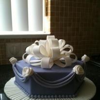 Cake with sugar paste decoration