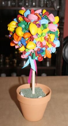 DIY Tutorial From A Catch My Party Member -- How to Make a Balloon Topiary | Catch My Party