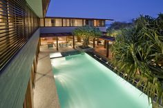 Albatross Residence by Bayden Goddard Design Architects. Winner house of the year for the Gold Coast region - Australian Institute of Architect Awards. Residential Architecture, Interior Architecture, Contemporary Beach House, Contemporary Homes, Luxury Homes Dream Houses, Dream Homes, Patio, Backyard, Cool Pools