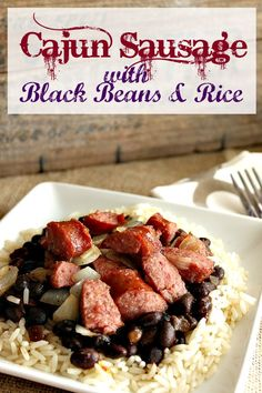 This cajun sausage with Black Beans & Rice Recipe is great for on the go! Balanced meal, portion sizes and a variety of flavors make this a winning dinner idea- and it's easy to prep! ad CelebrateMinuteRice @minutericeUS
