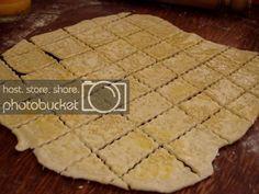 Biscuiti sarati cu unt | Bucatar Maniac Biscuit, Cooking, Blog, Decor, Kitchen, Decoration, Blogging, Crackers, Decorating