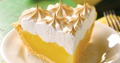[ lemon meringue pie with thermomix, here is a simple and delicious recipe for making a pie with thermomix at home. Fodmap Recipes, Pie Recipes, Dessert Recipes, Oreo Dessert, Gourmet Recipes, Breakfast Recipes, Snack Recipes, Dinner Recipes, Cooking Recipes