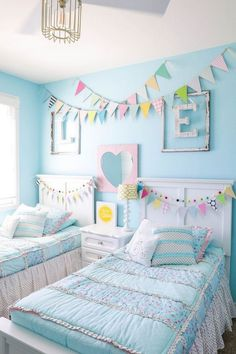 Turquoise Room Ideas Save it for later. Turquoise room ideas – turquoise bedroom ideas for girls, boys, and adult. There's also another turquoise room ideas like living room and family room. Check 'em out! Diy Home Decor Bedroom For Teens, Kids Bedroom Ideas For Girls Tween, Kids Rooms Decor, Shared Girls Rooms, Rooms For Kids, Budget Bedroom, Kids Girls, Girls Room Wall Decor, Bedroom Themes