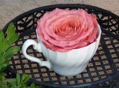 Cafea cu aroma de trandafir!