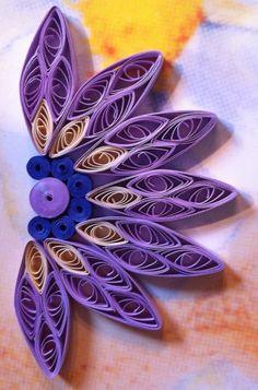 Purple half flower. By Canan Ersöz
