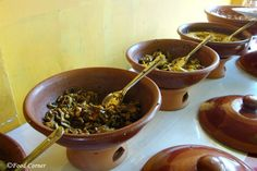 Sri Lankan Food which are Easy to Cook,Sri Lankan recipes to try with easy steps,Sri Lankan food recipes including rice and curry Sri Lankan Recipes, Thai Street Food, No Cook Meals, Indian Food Recipes, Paradise, Curry, Easy Meals, Veggies, Forget