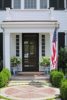 STARS AND STRIPES - Mark D. Sikes: Chic People, Glamorous Places, Stylish Things