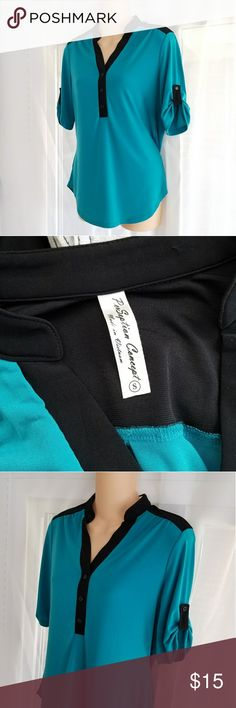 Black & Teal Casual Dress Shirt Perception Concept brand stretchy 3/4 sleeve career top. Beautiful vivid teal blue-green and black color. Women's size small, fits true to size.  Like new, washed once but I never wore it. Absolutely no flaws.   Smoke free No trades ALL offers welcome! Thanks for looking! :) Perception Concept Tops Blouses