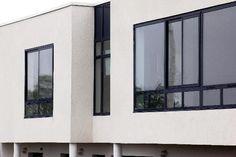 Home decor european doors lift and slide double pic window frames aluminium windows sizes pdf sliding Black Windows Exterior, Aluminium Windows And Doors, Steel Windows, Casement Windows, Sash Windows, Black Window Frames, Black Frames, Contemporary Windows, Modern Windows