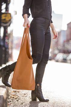 Modern ladies Hobo Bag in soft honey door JessicaWeissLeather