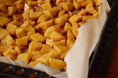 Cartofi la cuptor cu pui si cascaval - Rețete Papa Bun Sweet Potato, Mango, Potatoes, Fruit, Vegetables, Food, Manga, Meal, Potato
