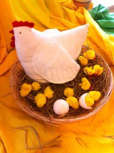 Kip Kato van vilt of flanel Easter Bunny, Needle Felting, Eggs, Spring, Food, Feltro, Birth, Hipster Stuff, Essen