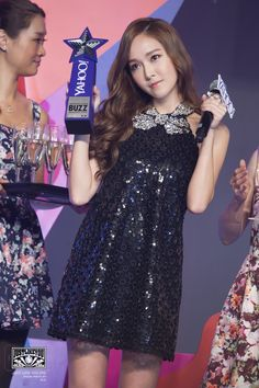 141208 Jessica Jung at Yahoo Buzz Awards.