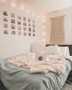Teen Bedroom Designs, Cute Bedroom Ideas, Cute Room Decor, Room Ideas Bedroom, Teen Room Decor, Small Room Bedroom, Bedroom Inspo, Bedroom Inspiration, Diy Bedroom