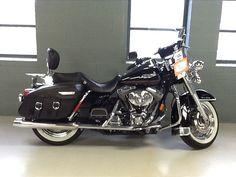 2002 Harley-Davidson® FLHRCI Road King® Classic