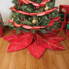 Red Poinsettia Christmas Tree Skirt - CU110CERT69,Seasonal Décor, Tree Skirts  #Event #Party #Decor #Seasonal #Tree Skirts Poinsettia Tree, Beautiful Christmas Decorations, Homemade Christmas Decorations, Xmas Decorations, Christmas Skirt, Christmas Sewing, Felt Christmas, Christmas Wreaths, Christmas Holidays