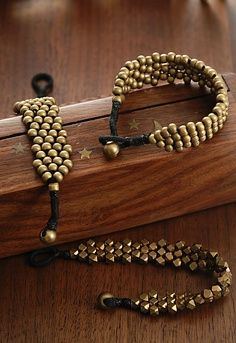 DIY Jewelry Idea Would be awesome in silvler too! | best stuff