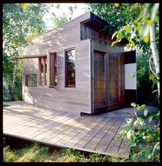 my dream of being off the grid  (lovely off the grid home in Ontario) / The Green Life <3